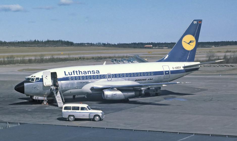 Một máy bay Boeing 737 đời đầu. Ảnh: Lufthansa.