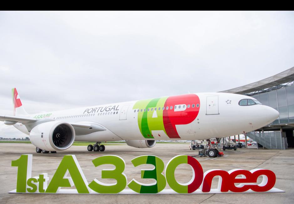 Hãng TAP trong lễ nhận máy bay A330neo đầu tiên trên thế giới. Ảnh: Airbus.