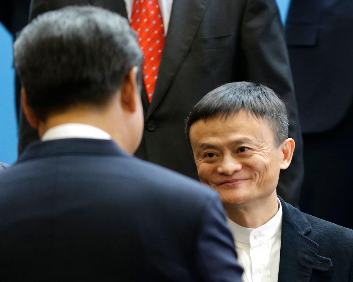 Jack Ma chạm mặt ông Tập năm 2015. Ảnh: TED S. WARREN/PRESS POOL