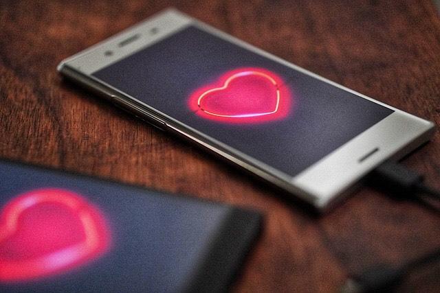 Các ứng dụng hẹn hò ngày càng phổ biến ở Việt Nam. Ảnh: Pixabay.