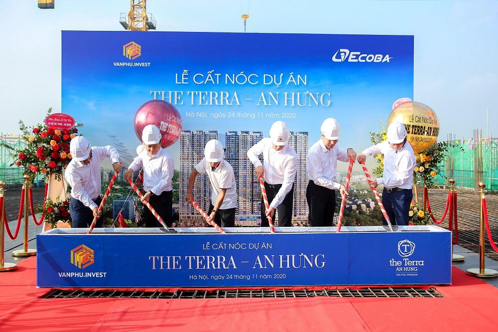 Lễ cất nóc dự án The Terra - An Hưng diễn ra ngày 24/11.