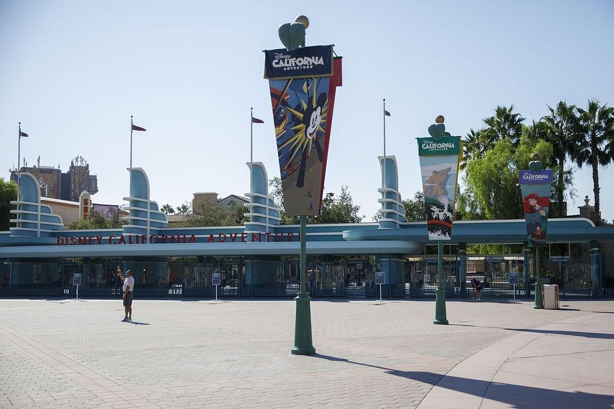 Công viên giải trí của Disney tại Anaheim, California. Ảnh: Bloomberg.