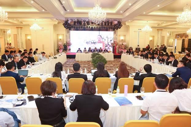 Toàn cảnh đại hội đồng cổ đông công ty Công ty cổ phần đầu tư doanh nhân Verco (Verig) ngày 8/11 tại Quảng Ninh.