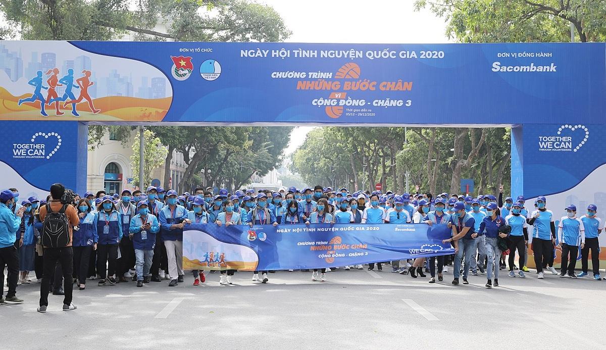 Sacombank đồng hành Hội Liên hiệp Thanh niên Việt Nam khởi động chặng ba Những bước chân vì cộng đồng. Ảnh: Sacombank.