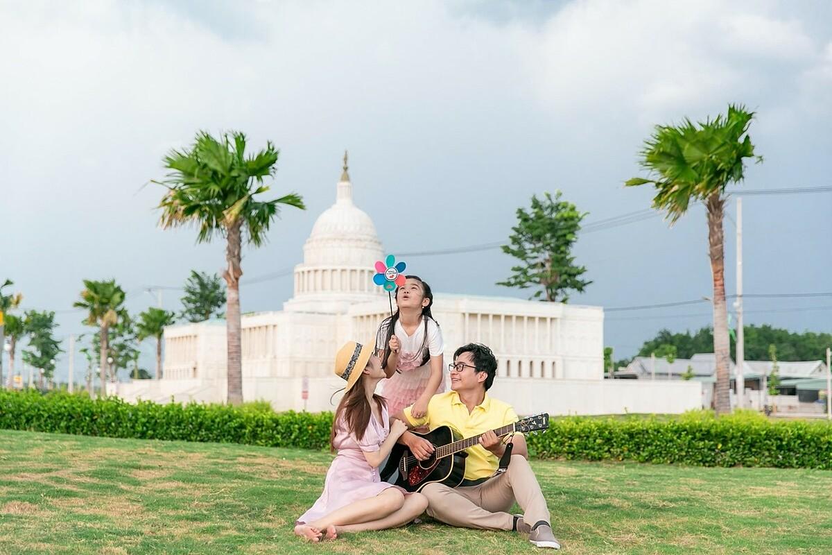 Cát Tường Phú Hưng là chốn an cư đáng mơ ước của nhiều gia đình với không gian xanh bao phủ.