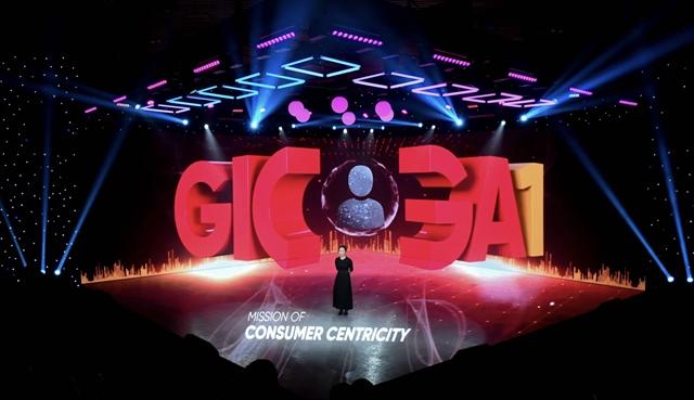 Sự kiện ra mắt Giga1. Ảnh: Yeah1.