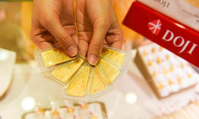 Vàng miếng trưng bày tại DOJI. Ảnh: DOJI.