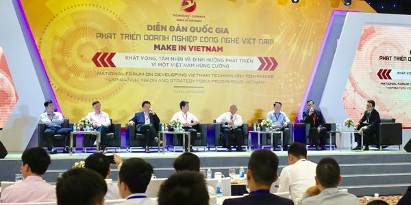 Phiên thảo luận tại Diễn đàn quốc gia Phát triển doanh nghiệp công nghệ số Việt Nam 2019. Ảnh: Ngọc Thành.