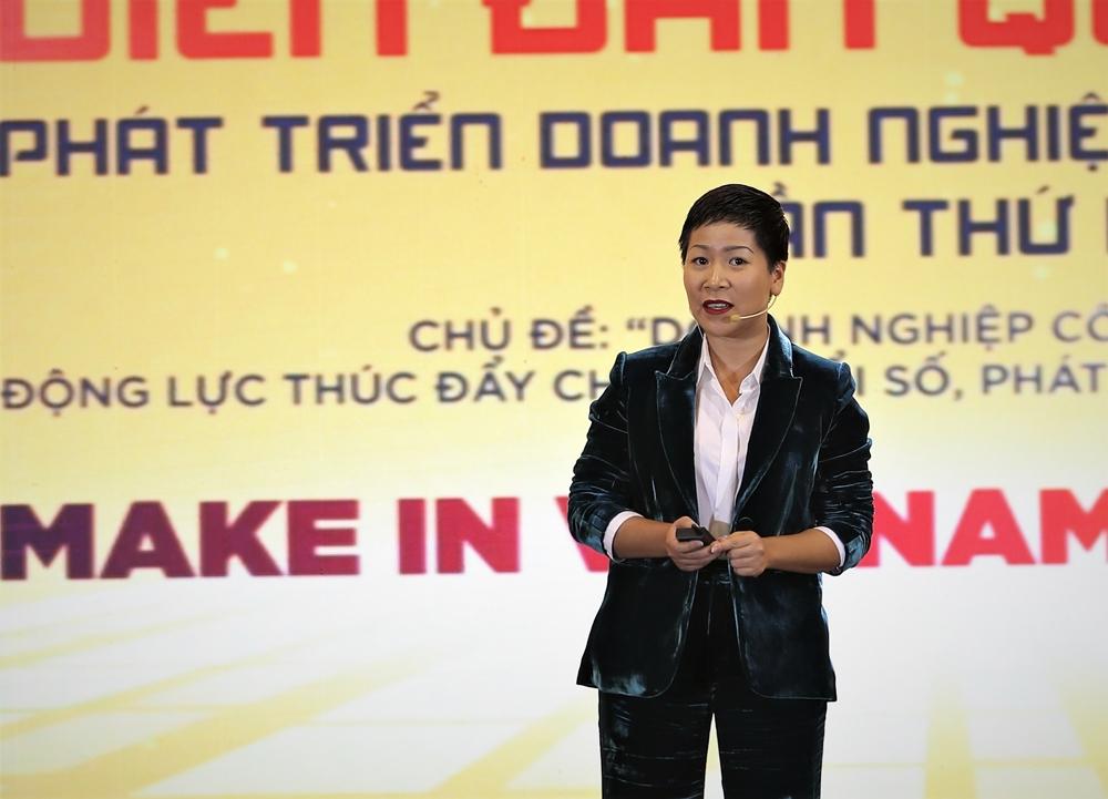 Bà Nguyễn Hoàng Phương - CEO Be Group phát biểu tham luận tại Diễn đàn phát triển doanh nghiệp công nghệ số Việt Nam.