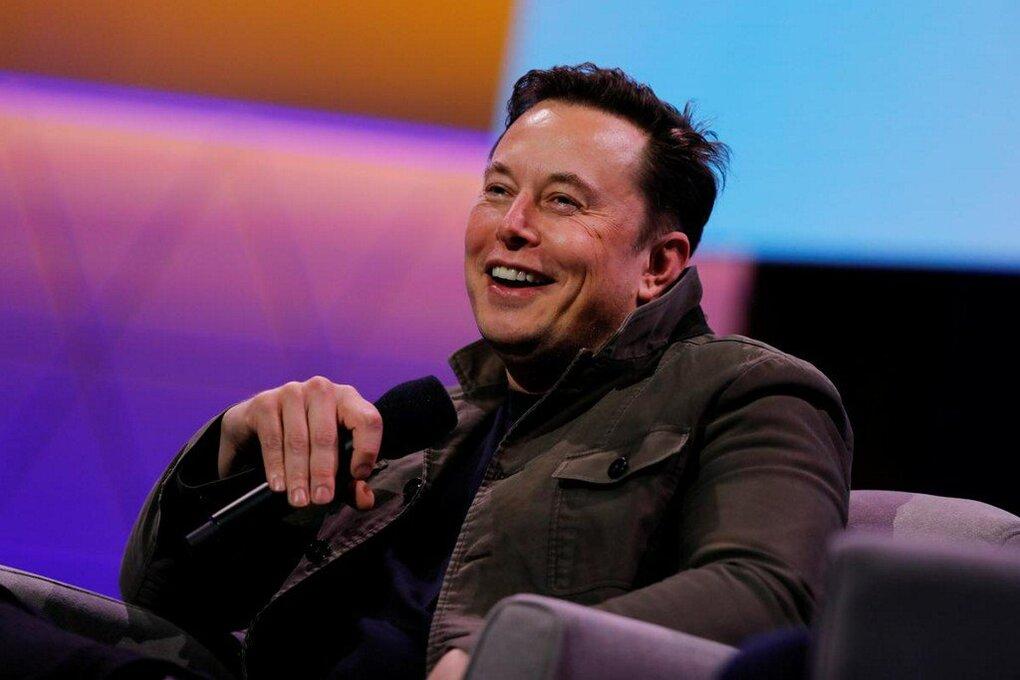 Elon Musk hiện sở hữu tài sản trăm tỷ USD. Ảnh: Reuters