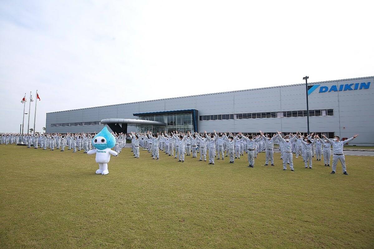 1.000 người tham gia Vũ điệu rửa tay của Daikin Việt Nam hôm 18/12. Ảnh: Daikin Việt Nam.