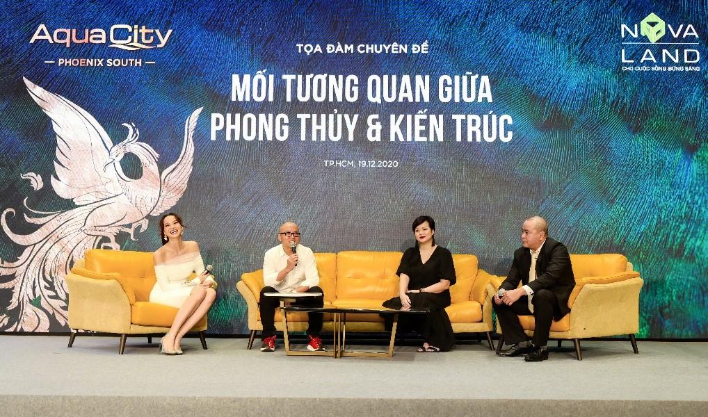 Kiến trúc sư Phạm Thanh Truyền (thứ hai từ trái sang) tại buổi tọa đàm Mối tương quan giữa phong thủy và kiến trúc. Ảnh: Quỳnh Trần.