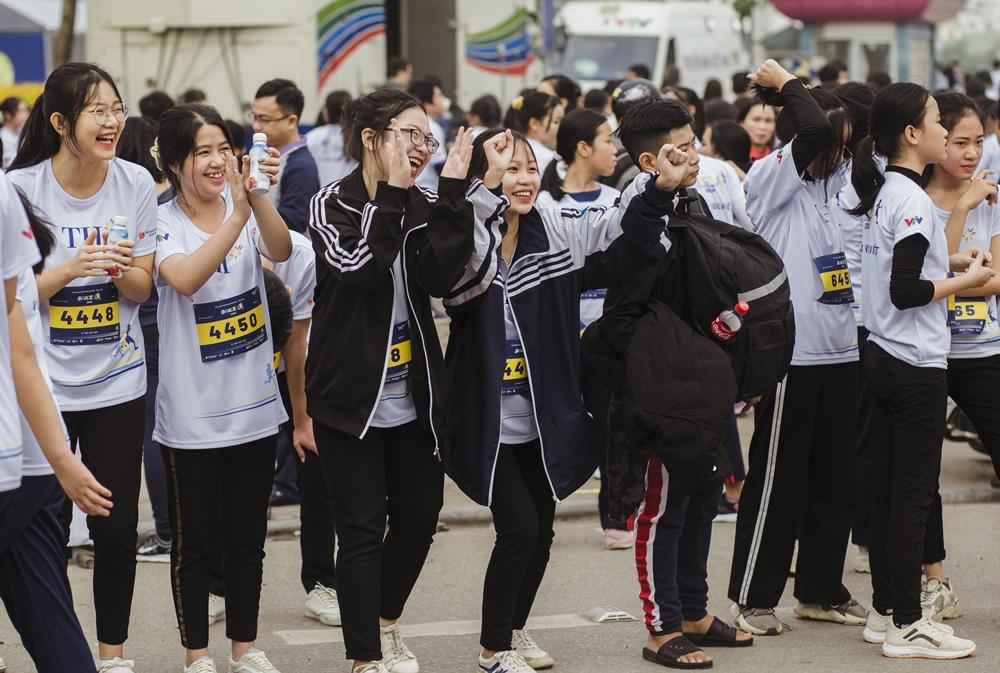 Giải chạy tạo ấn tượng tốt đẹp với người dân thành phố Vinh và sự đón nhận nồng nhiệt của các em học sinh, sinh viên.