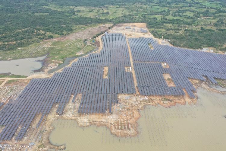 Ảnh 2: Nhà máy điện mặt trời Thiên Tân 1.2 nằm tại xã Phước Hà, xuyện Thuận Nam, tỉnh Ninh Thuận có công suất 100 MWp