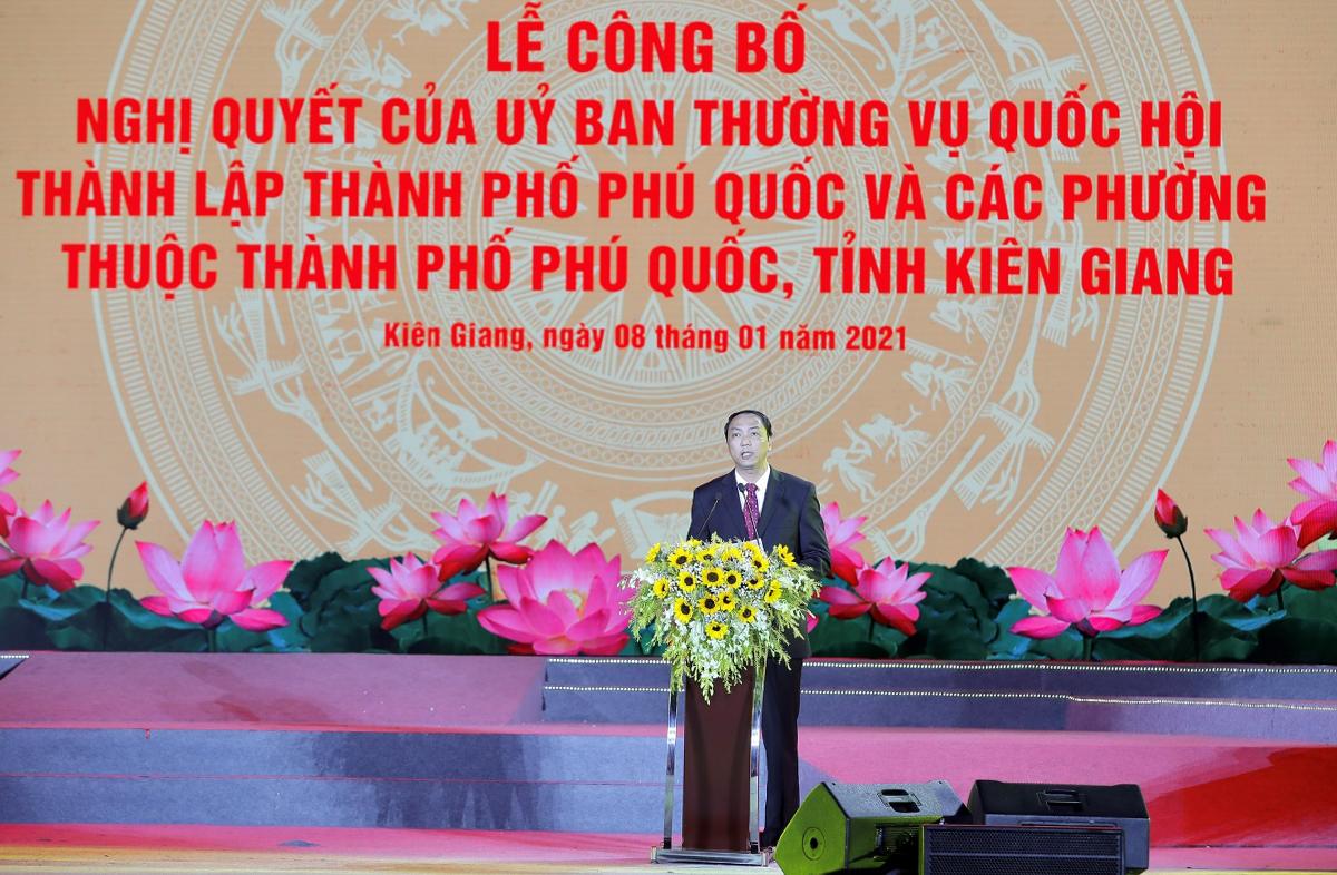 Ông Lâm Minh Thành, Chủ tịch UBND tỉnh Kiên Giang phát biểu tại Lễ công bố.