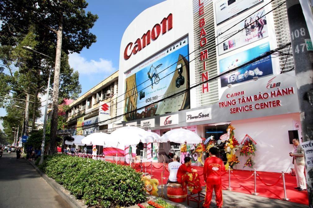 Trung tâm sửa chữa và bảo hành sản phẩm Canon chính hãng của Lê Bảo Minh. Ảnh: Lê Bảo Minh.