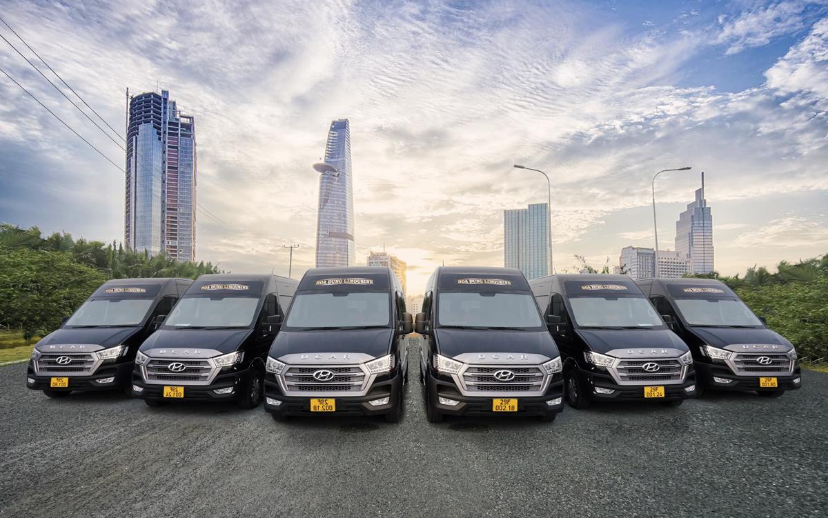 Nhà xe Hoa Dũng tại Thanh Hoá là một trong những đơn vị tiên phong hưởng ứng khi Dcar ra mắt mảng thu cũ đổi mới. Đơn vị này đã gặt hái nhiều thành công. Cụ thể, những chuyến xe lộ trình từ Hà Nội đến Thanh Hóa thường trong tình trạng cháy ghế, đặc biệt dịp cuối tuần hoặc những ngày nghỉ lễ. Sự nhạy bén khi đầu tư dòng xe thế hệ mới Dcar hạng thương gia kết hợp với dịch vụ chuyên nghiệp, phục vụ tận tình, nhà xe Hoa Dũng cam kết mang đến cho hành khách cảm giác đẳng cấp hạng thương gia trong hành trình từ Hà Nội đến Thanh Hóa. Chi tiết liên hệ: 08 3435 9999 hoặc tại đây.