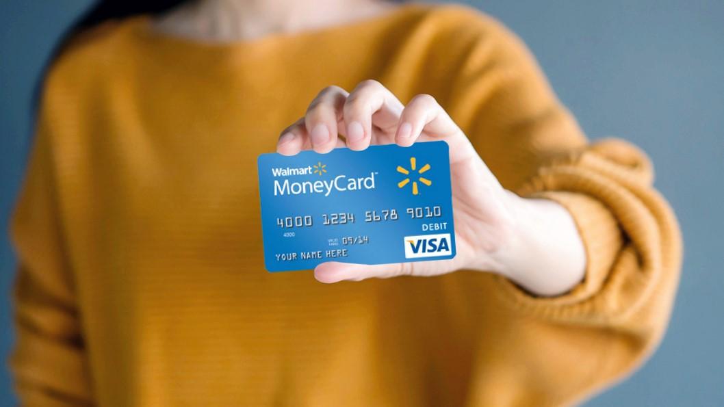 Walmart đã liên kết với Visa, MasterCard để phát hành thẻ thương hiệu riêng. Ảnh: Shutter Stock.