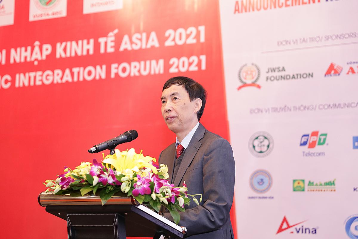 TS. Võ Trí Thành – Chủ tịch Ủy ban Hợp tác kinh tế Thái Bình Dương của Việt Nam phát biểu tại diễn đàn
