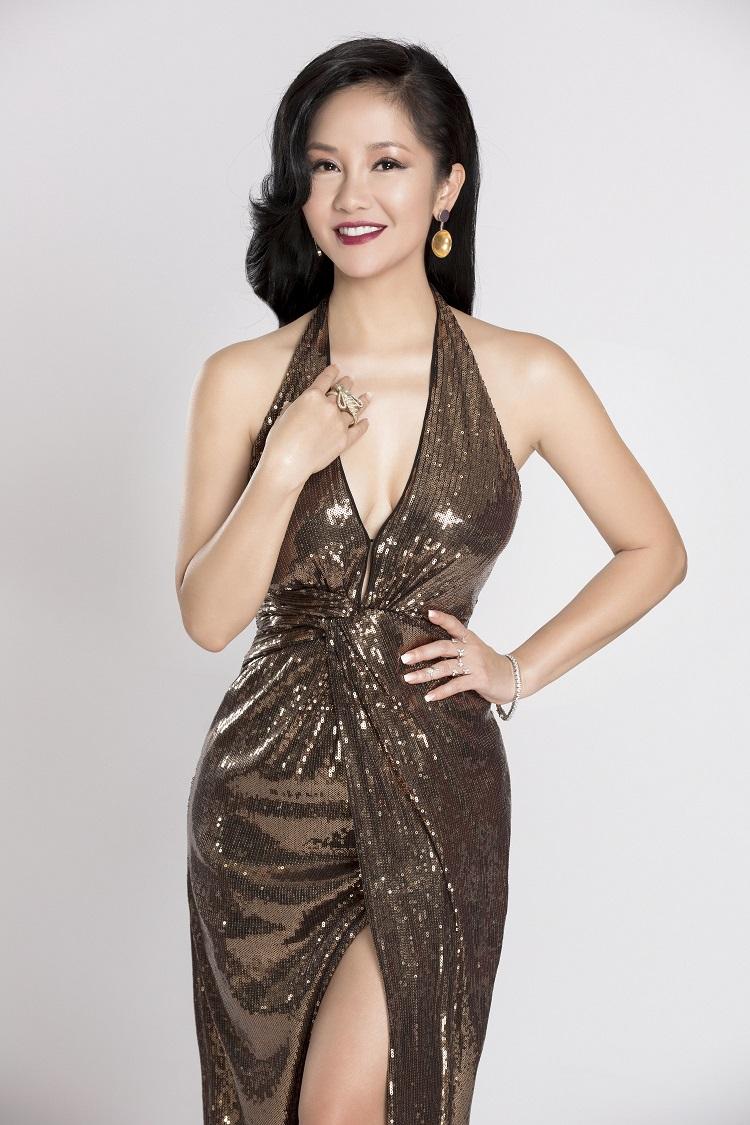 Ca sĩ Hồng Nhung sẽ góp mặt biểu diễn trong đêm đầu tiên của Dạ tiệc ngôi sao (Stars by Night Party) ngày 14/1.