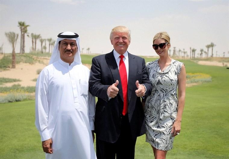 Hussain Sajwani cùng Tổng thống Trump và Ivanka Trump. Ảnh: Masala.com