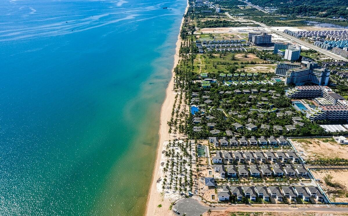 Khu vực trung tâm bãi trường với các thương hiệu khách sạn hàng đầu thế giới.