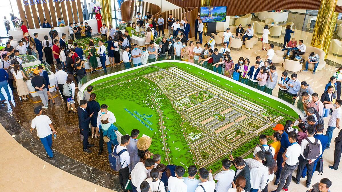 Gem Sky World hứa hẹn biên độ lợi nhuận lớn tại tâm điểm bất động sản Long Thành. Thông tin chi tiết về dự án xem tại www.gemskyworld.vn. Ảnh: Tập đoàn Đất Xanh.