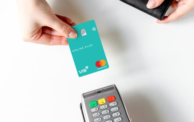 Ngân hàng tiếp tục dẫn đầu xu thế thẻ với loạt thẻ có tính năng độc đáo, công nghệ hiện đại. Ảnh: VIB.