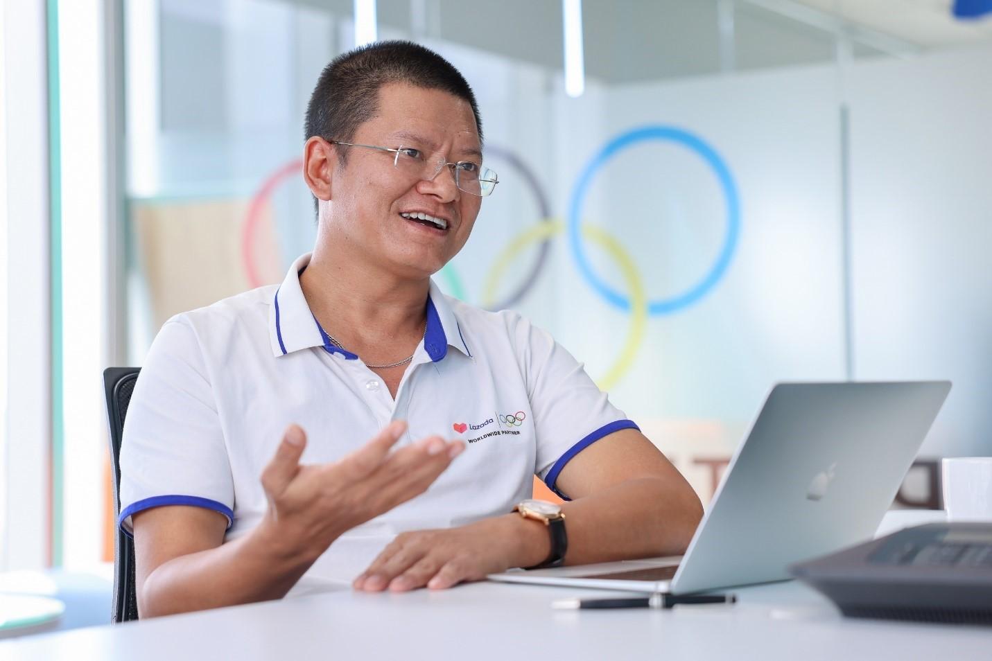Ông Vũ Đức Thịnh - Tổng giám đốc Lazada Logistics Việt Nam chia sẻ về những sáng kiến logistics của nền tảng trong năm qua. Ảnh: Lazada Việt Nam.