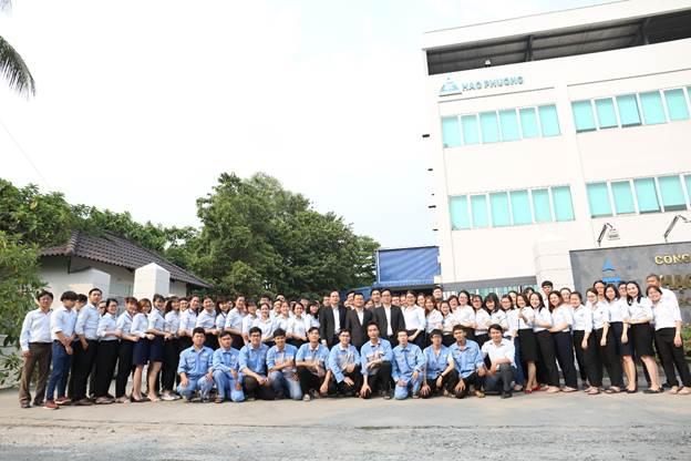 Tập thể nhân viên – lãnh đạo Công ty Cổ phần Hạo Phương.