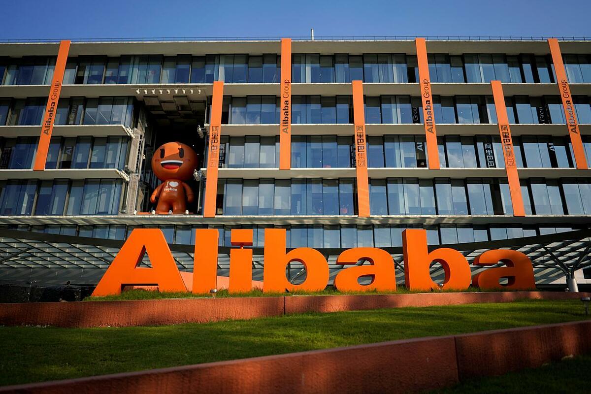 Bên ngoài trụ sở của Alibaba tại Hàng Châu (Chiết Giang, Trung Quốc). Ảnh: Reuters