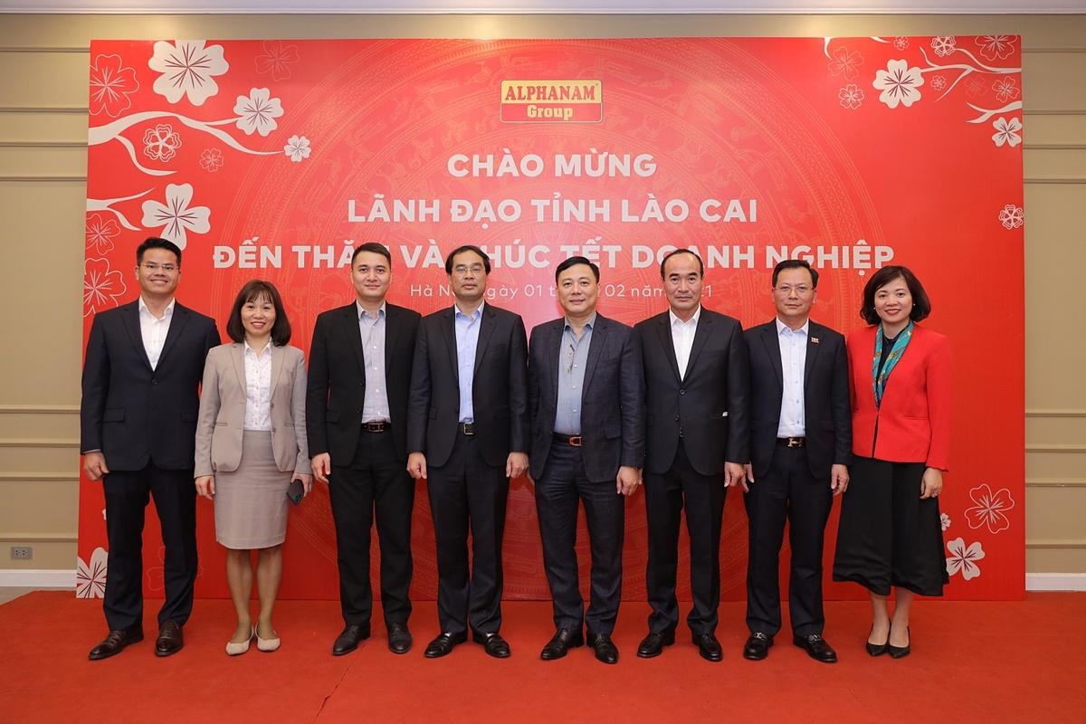 Lãnh đạo tỉnh Lào Cai đến thăm và chúc Tết Alphanam Group.