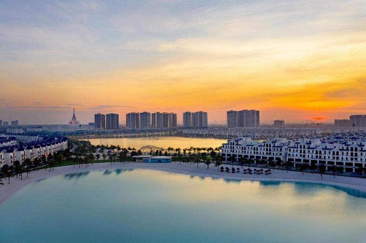 Thành phố biển hồ đã thành hình phía Đông Hà Nội.