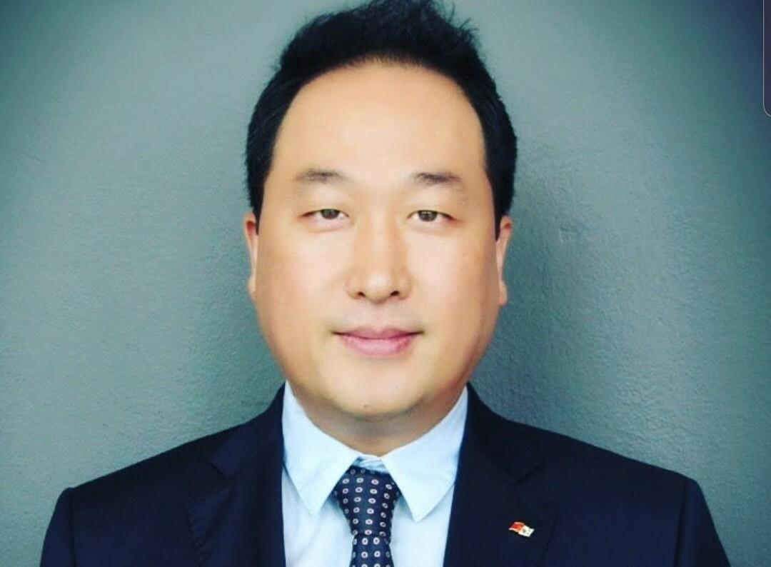 Ông Hong Sun, Phó chủ tịch Korcham.