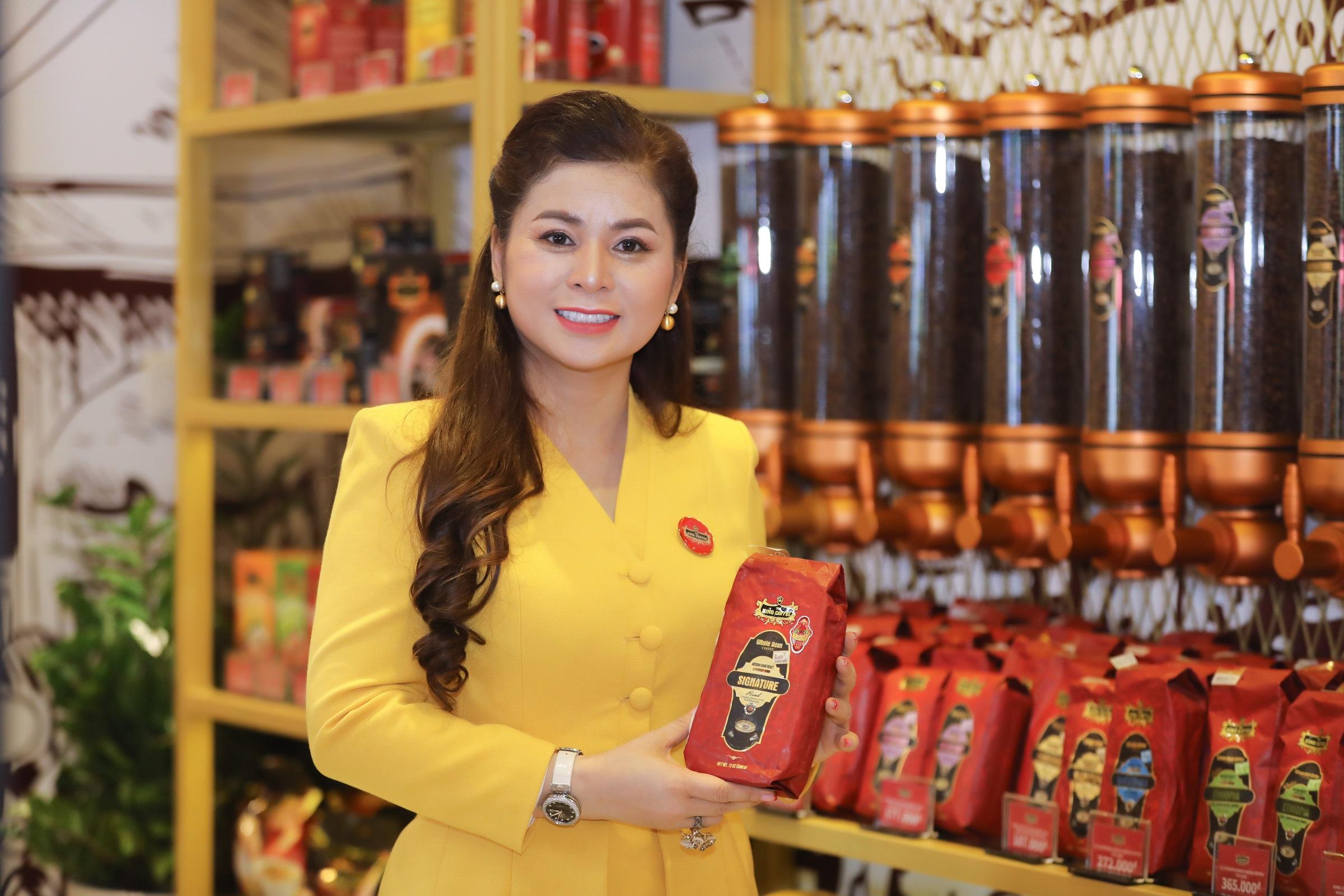 Bà Diệp Thảo kỳ vọng đưa Việt Nam thành cường quốc cà phê thế giới. Ảnh: Quỳnh Trần.