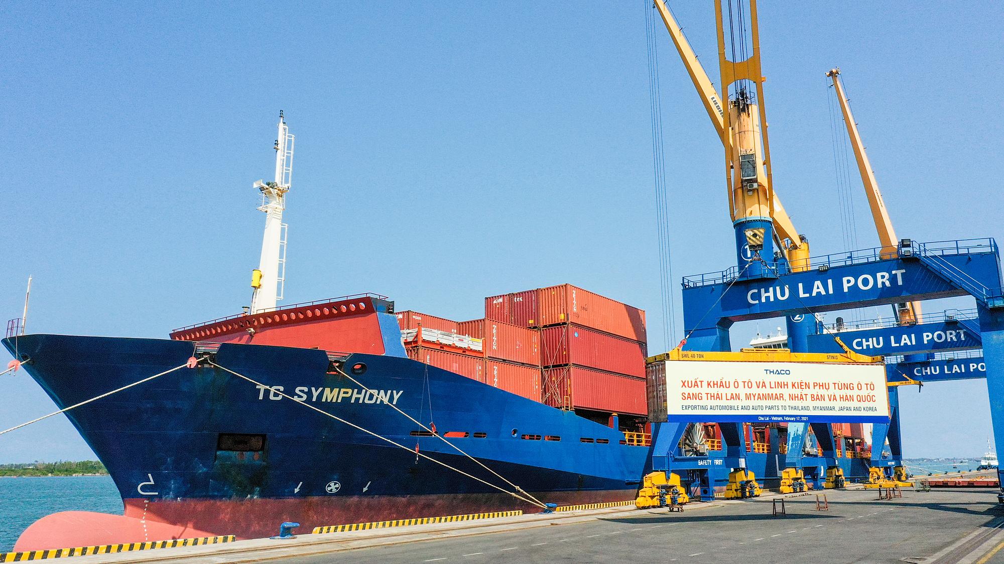 Container, ôtô và linh kiện phụ tùng Thaco chuẩn bị xuất khẩu sang Thái Lan, Myanmar, Nhật Bản và Hàn Quốc.