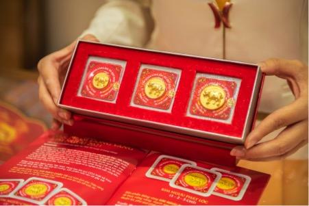 Đồng vàng Kim Ngưu Phát Lộc với hình ảnh trâu tả thực mạnh mẽ như lời chúc may mắn, thuận lợi, phú quý cho người sở hữu. Ảnh: DOJI.