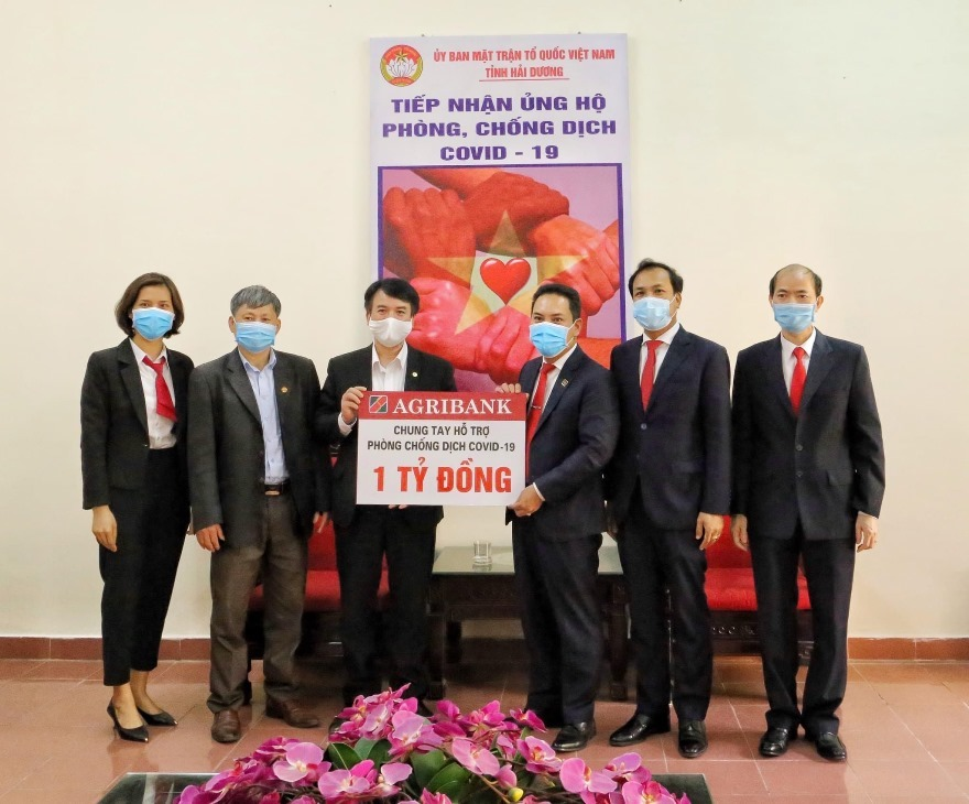 Agribank donated VND 1 billion against the Covid-19 epidemic.  Photo: Agribank.