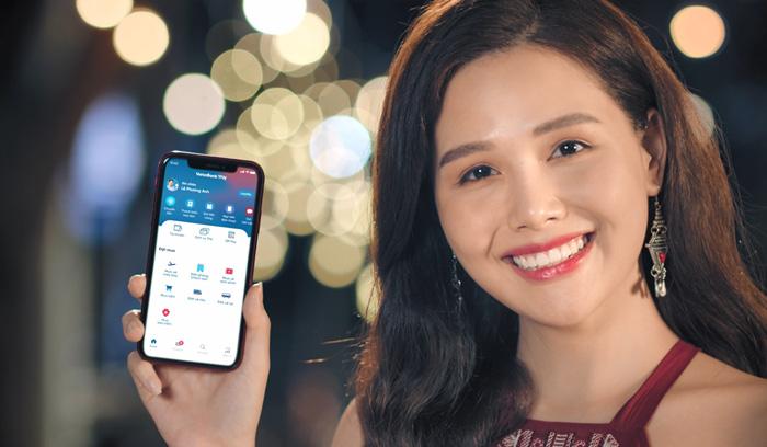 Khách hàng nhận tiền lì xì ngày vía Thần Tài ứng dụng Ngân hàng điện tử VietinBank iPay Mobile. Ảnh: Vietinbank.