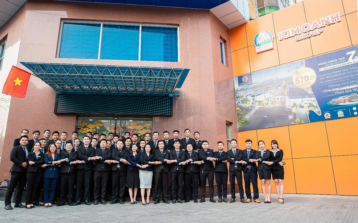 Đội ngũ nhân sự Kim Oanh Group.