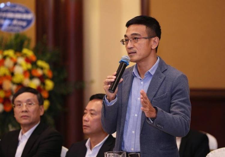 Ông Lê Hải Trà chia sẻ tại toạ đàm chiều 23/12. Ảnh: Quang Phúc.