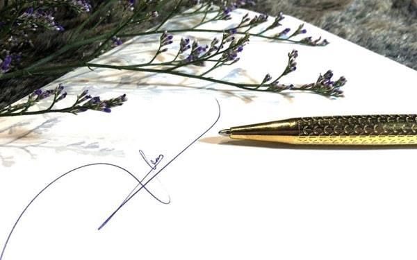 Leon Dio không chỉ có bút ký cao cấp mà còn nhiều combo quà tặng sang trọng khác.