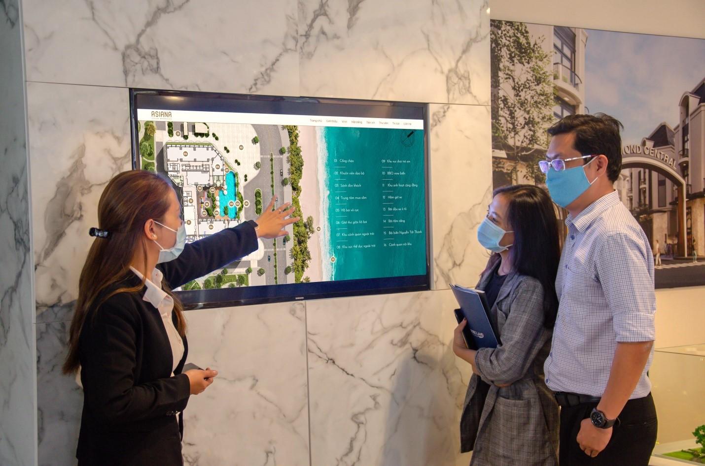 Gotec Land cung cấp thông tin dự án cho khách hàng bằng các ứng dụng công nghệ. Ảnh: Gotec Land.