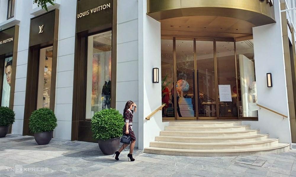 Một cửa hàng thời trang xa xỉ tại Hà Nội. Ảnh: Phương Ánh.