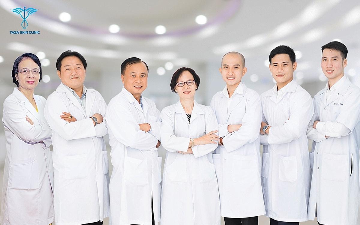 Đội ngũ bác sĩ chuyên khoa da liễu - thẫm mỹ công nghệ cao tại Taza Skin Clinic.