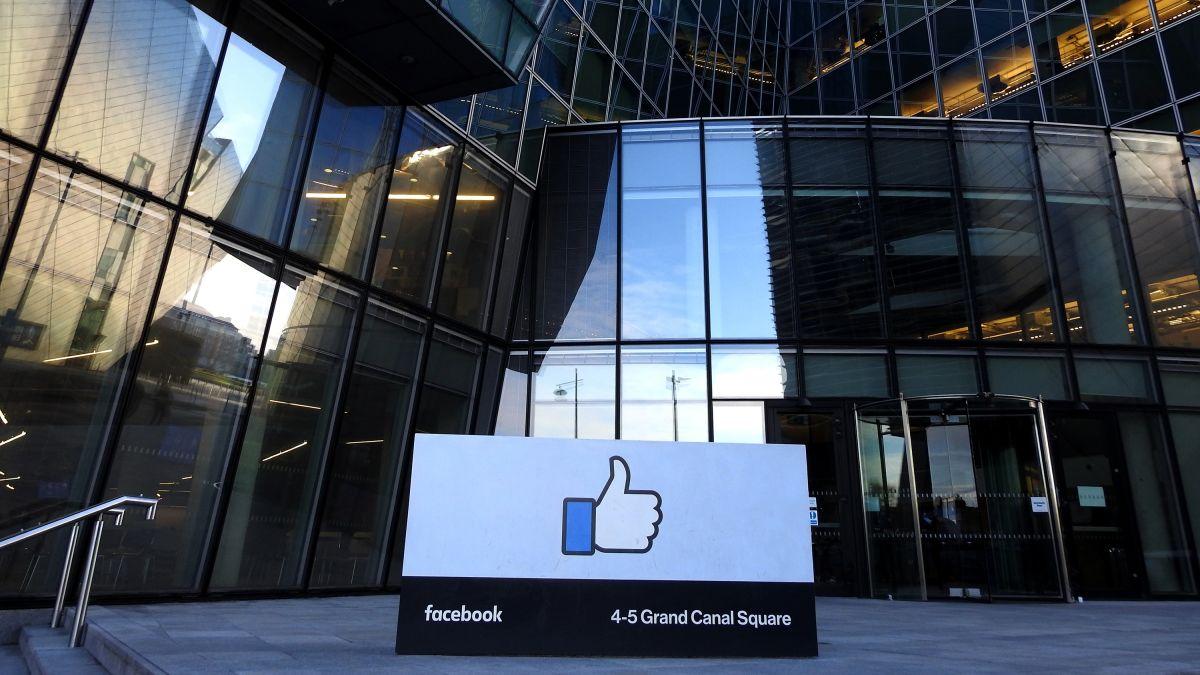 Bên ngoài văn phòng của Facebook tại Dublin (Ireland). Ảnh: CNN