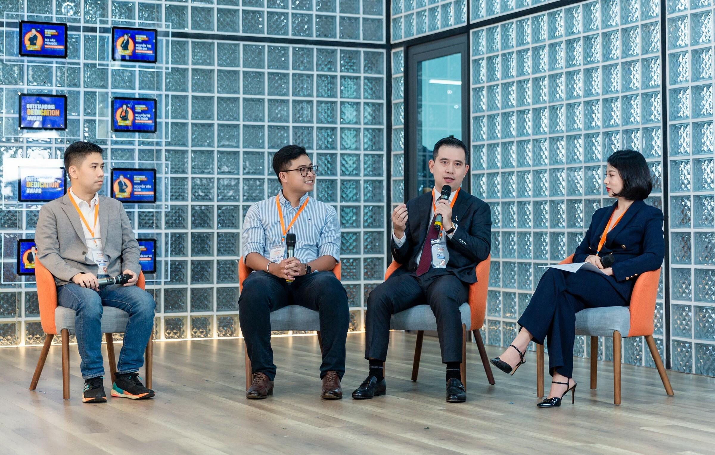 CEO Jupviec Phan Hồng Minh, CEO Loship Nguyễn Hoàng Trung; Phó Chủ tịch An Gia Group Nguyễn Trung Tín; Giám đốc quốc gia MMA Phan Bích Tâm trong phiên thảo luận tại sự kiện.
