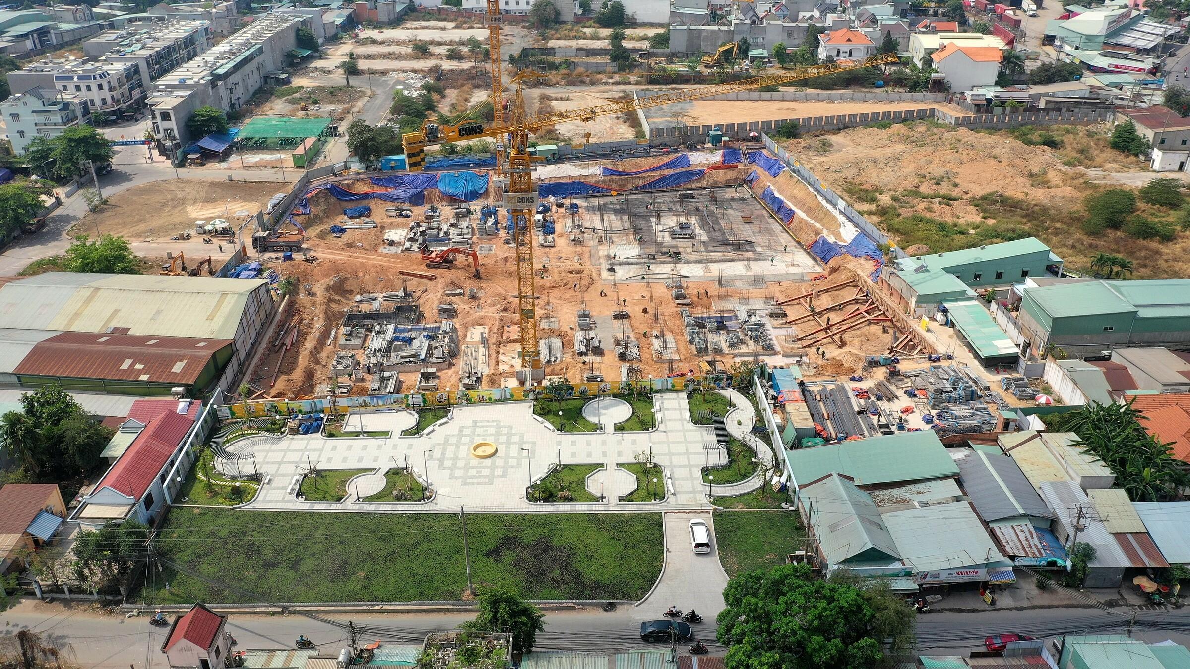 Công trường dự án Bcons Plaza đầu tháng 3. Thông tin các dự án Bcons tìm hiểu tại https://bcons.com.vn. Ảnh: Bcons.