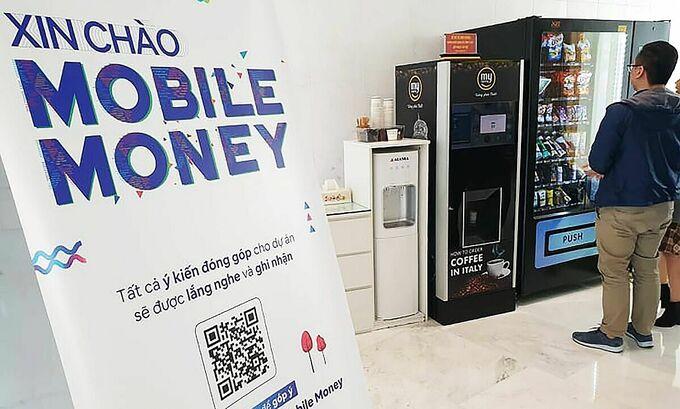 Một nhà mạng lấy ý kiến nội bộ về dự án Mobile Money đầu năm 2021. Ảnh:Mạnh Hưng.