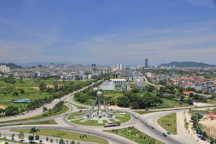 Thành phố Thanh Hóa ngày càng phát triển, nhu cầu về căn hộ chung cư ngày càng lớn. Ảnh: Shutterstock.